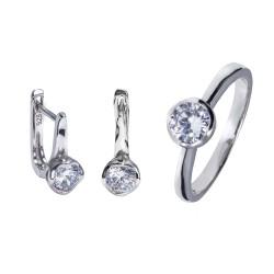 Серебряный комплект, кольцо и серьги: размер 18, вес 6.60 гр.